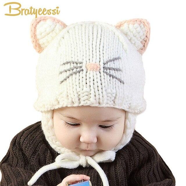 Nouveau 2018 Tricot Bébé Chapeau avec Oreilles de Bande Dessinée À La Main  Bébé Bonnet Bébé 4015a86e56c