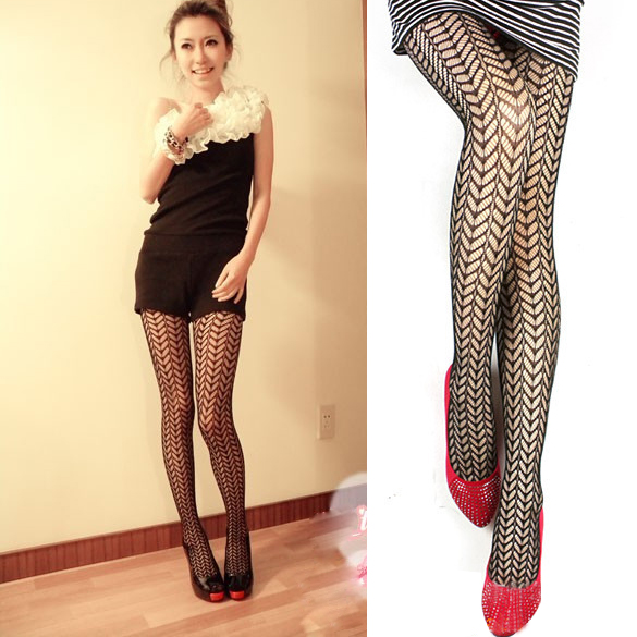 Women Sexy Pantyhose Mesh Fishnet Nylon Tights Long Stocking Jacquard Step Foot Seam Pantyhose High Over the Knee Socks