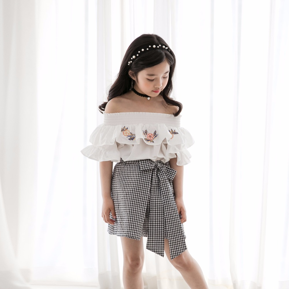 Korean Fashion Designser Children Clothing Sets Open Shoulder Floral Blouse Tops And Cotton Plaid Skirts 2pcs Girl Clothes Suits