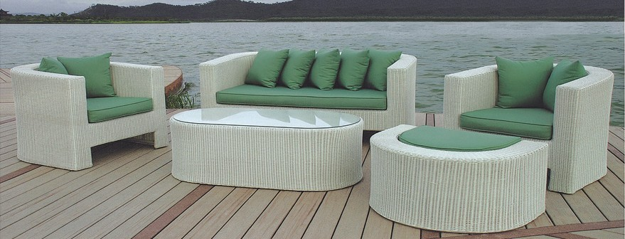 2017 Hot Sale outdoor Patio Curved pvc white rattan garden ...