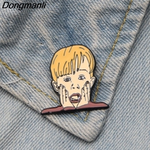 DMLSKY HOME ALONE Funny Brooch Metal Enamel Pin Women and Men Fashion Brooches Clothes badge Shirt Collar Pins M2880
