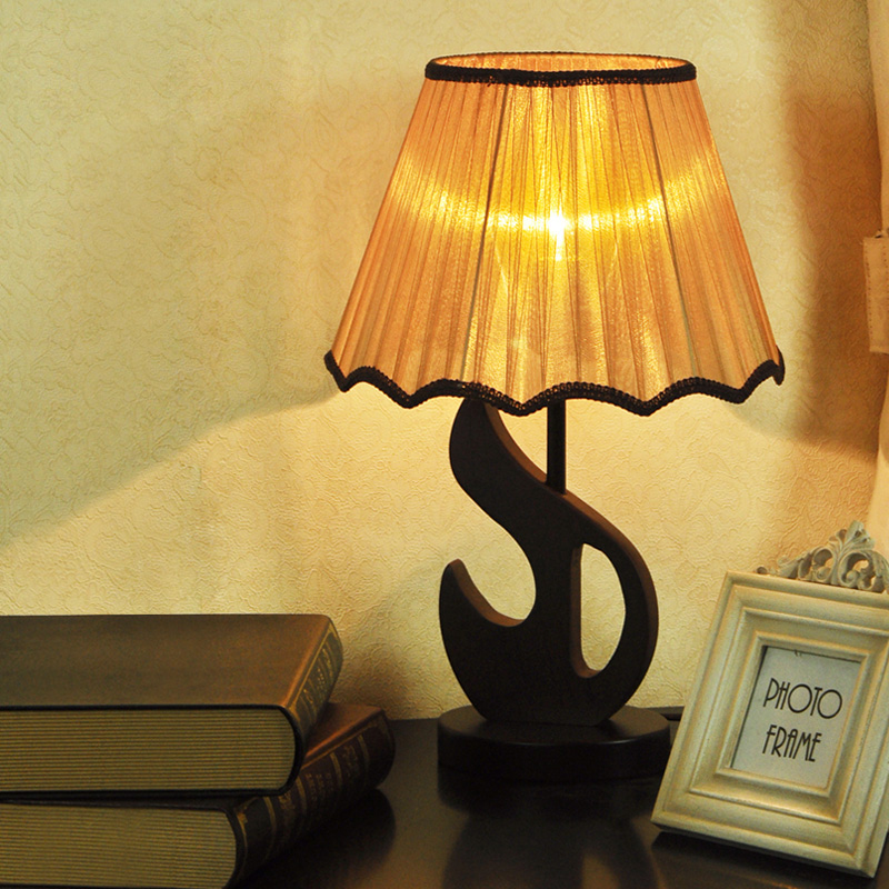 Китайский деревянный Спальня настольная лампа творческий Ткань абажур Кабинет Настольная лампа Лебедь Крыло стола Освещение светильники
