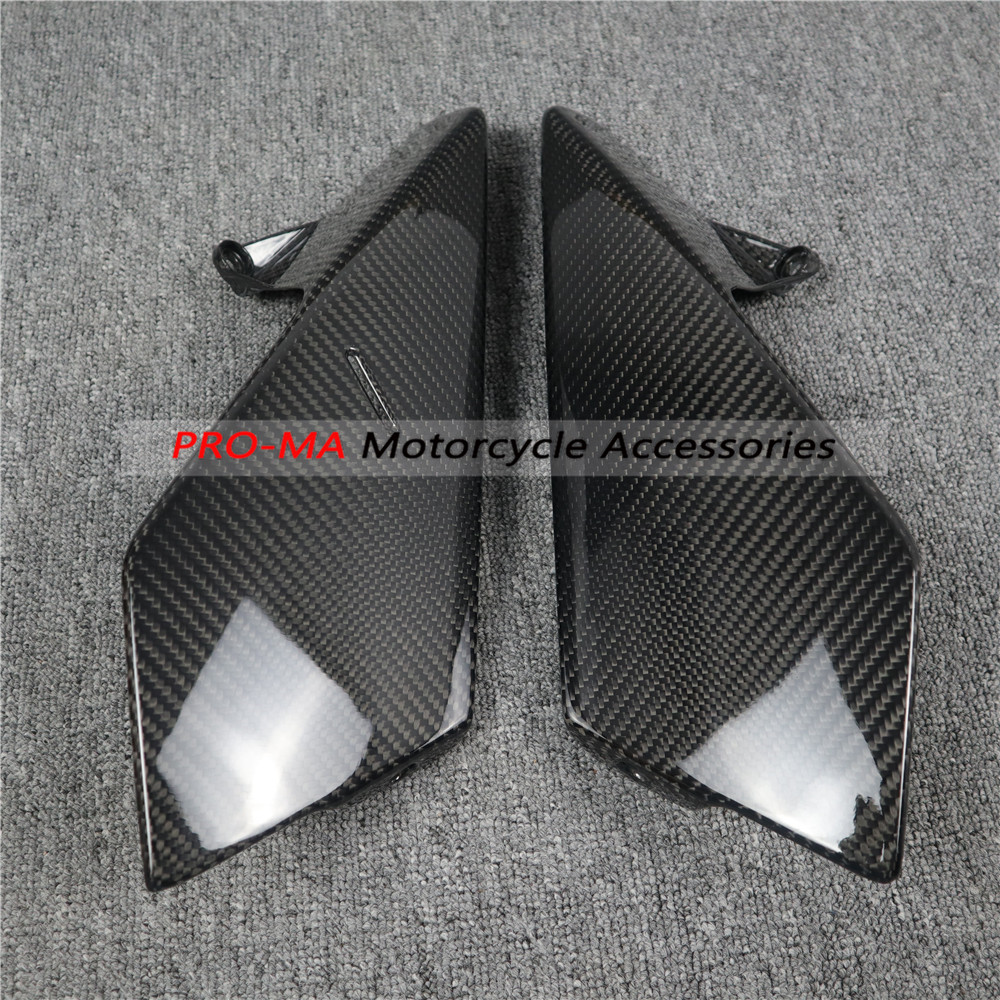 Motorcycle Side Panels In Carbon Fiber For KTM Duke 790 2018-2019 Twill Glossy Weave