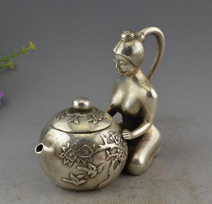 Collection chinoise d'ornements en argent statues nues cruche à vin décoration noble.
