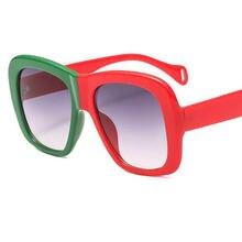 e6e237ed2 Hippie Óculos Verde vermelho 2019 Praça Da Moda Óculos De Sol Das Mulheres  Óculos de Sol de Luxo Da Marca Big Quadro Gótico Do V..