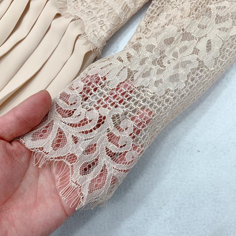 Image 4 - QZ05 New Spanish Design O Neck Lace Patchwork Pleated Fairy Dress Women Solid Color Sweet VestidosDresses   -