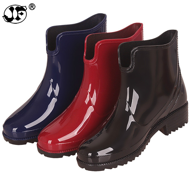 2019 New Rubber Boots for Women PVC Ankle Rain Boots Waterproof Trendy Jelly Women Boot Elastic Band Rainy Shoes Woman88