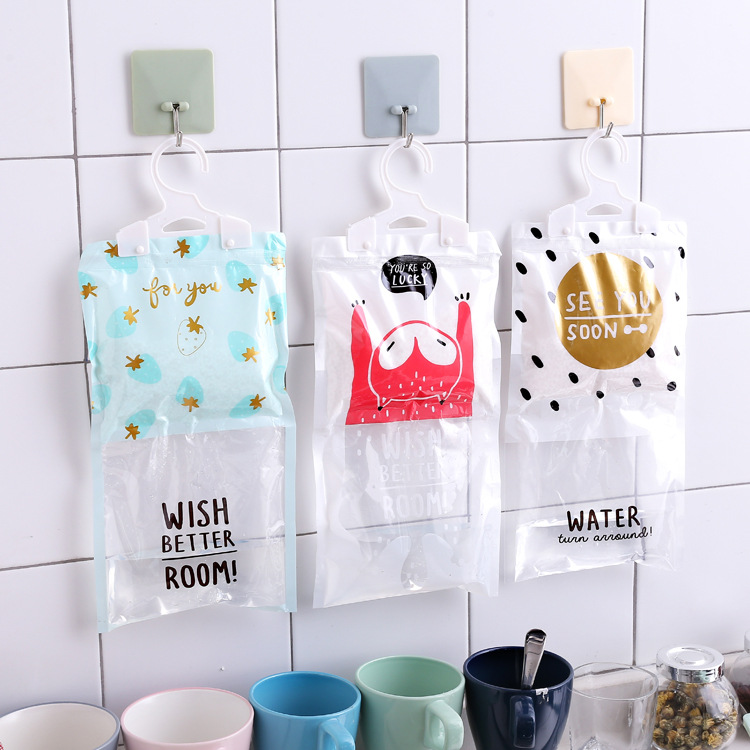 1Pcs Multi Functional Wardrobe Mildew Proof Hanging Bags Desiccant Dehumidifier Bags Hygroscopic Drying Moisture Agent Bag F2451
