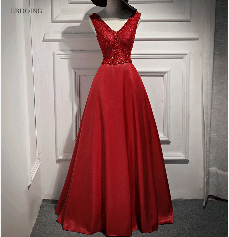 Stunning Red A-line Formal   Dresses   Strapless V-neck Neckline Vestidos de festa Lace Up   Evening     Dresses   With Lace Beadings