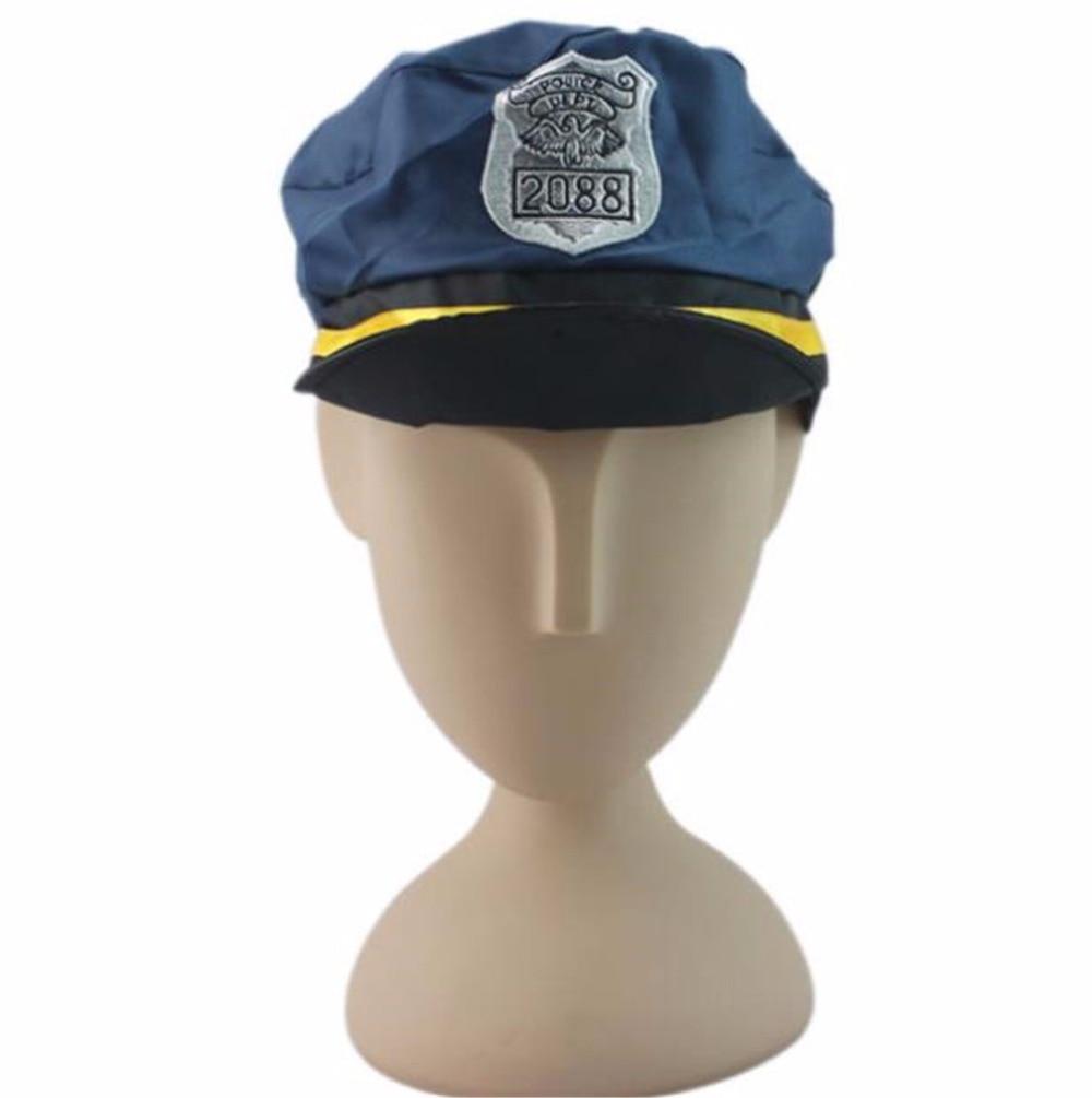 3 7 Tahun Anak Warden Lalu Lintas Polisi Borgol Seragam Fireman