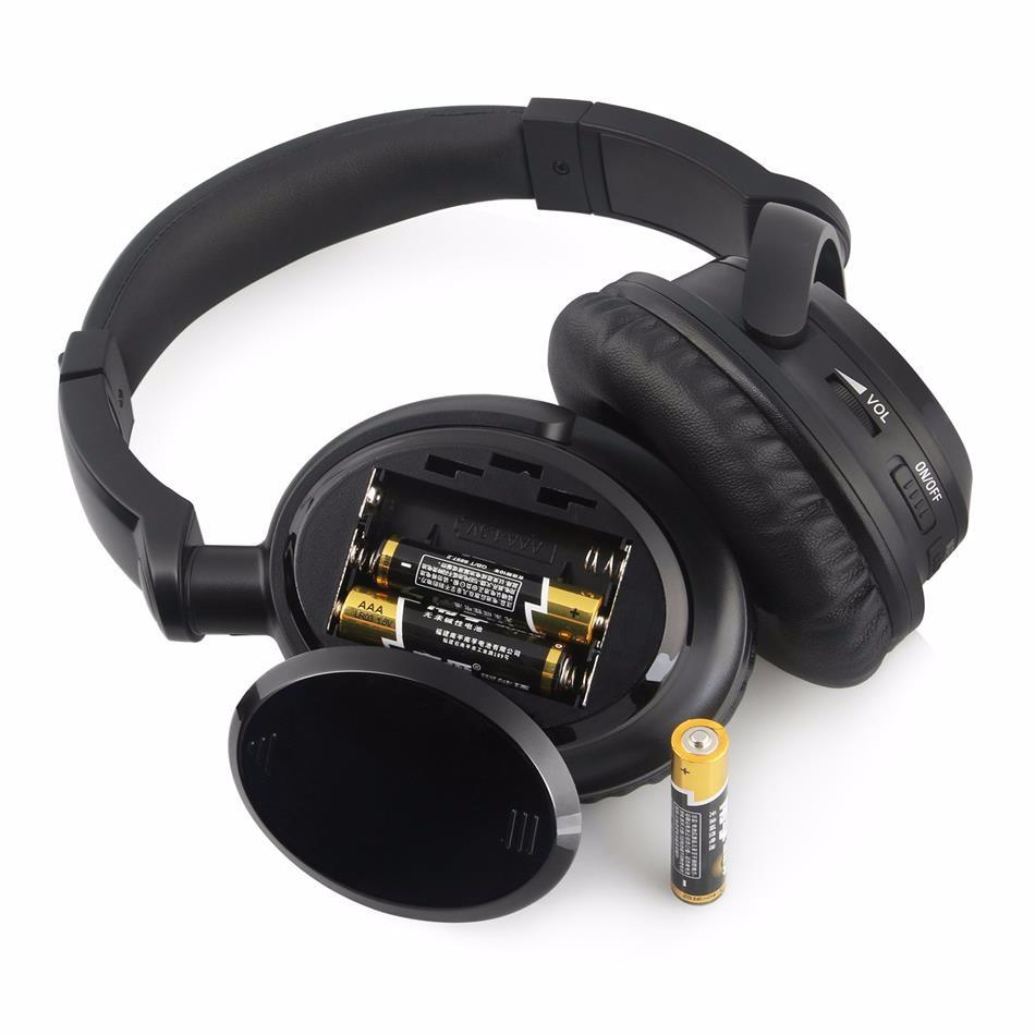 noise canceling headphone