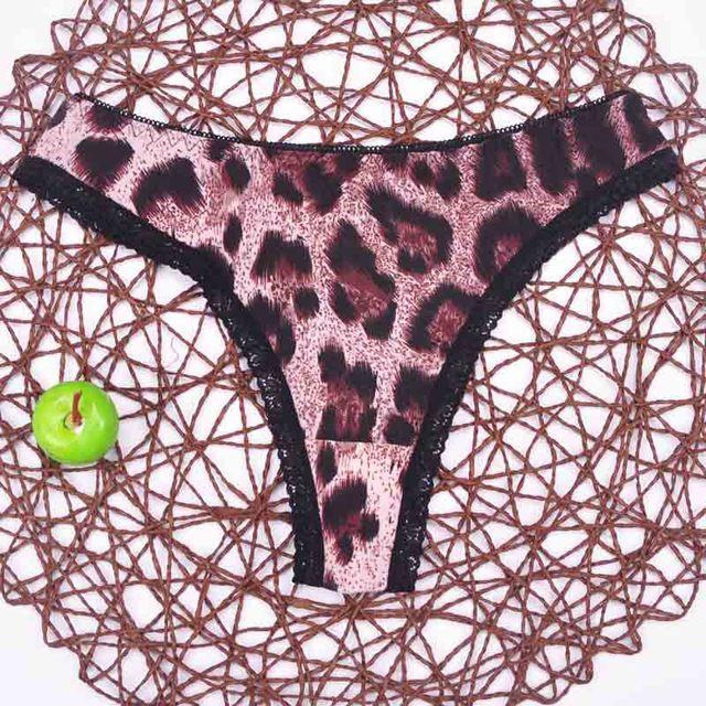 lady Lowest price New  multi-color Sexy cozy comfortable Lace Briefs  thongs women Underwear Lingerie for women 1pcs ah1103