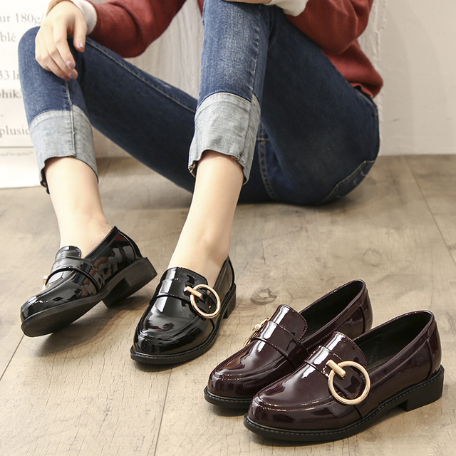 Teahoo 2018 Women Slip on Penny Loafers Metal Ring Patent Leather Flat  Shoes Women Fashion Oxford Shoes for Women Flats c5c77b952d