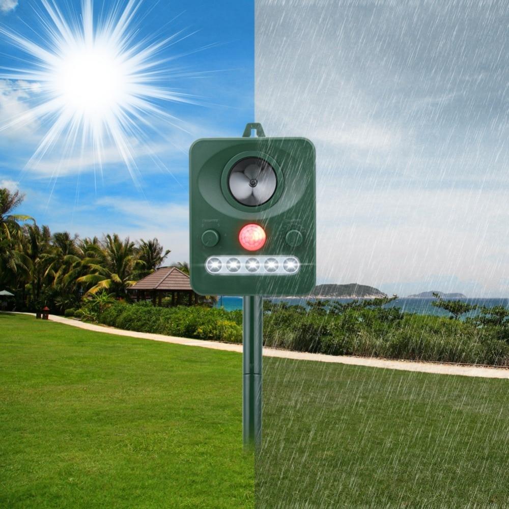 Solar Ultrasonic Infrared Light Multi-function Animal Expeller