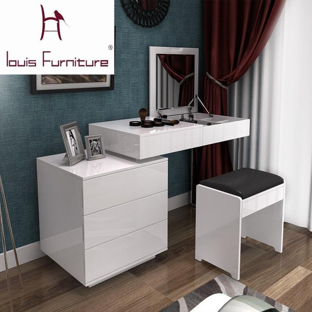 Mode blanc peinture petit appartement télescopique