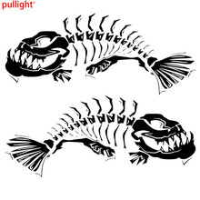 21.6*18.7CM 1Pair Skeleton Fish Door Decoration Decals Classic Stylish Car Styling Stickers Accessories