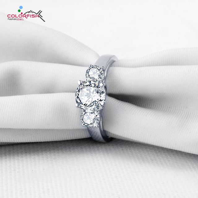 COLORFISH Prong Set 2 Carat Round Cut Three Stone Anniversary Band Ring Women Genuine 925 Sterling