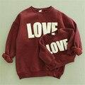 Nuevo diseño de otoño e invierno niña suéter de terciopelo con estampado de amor de algodón de manga larga suéter clothing madre e hijos