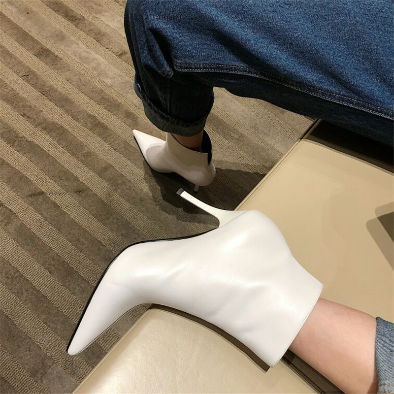 Autumn Winter 2018 Black White Real Leather Ankle Boots Woman Pointed Toe V Back High Heel Shoes Women Fashion Martin Boots цена 2017