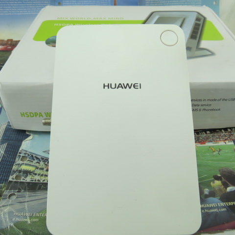 ФОТО Original and Unlocked HUAWEI B932 3G Router / GSM FWT / GSM with huawei original antenna