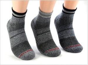 Image 4 - Calcetines térmicos de invierno térmico para hombre, Unisex, para senderismo, de algodón, Coolmax, venta al por mayor, 5 par/lote