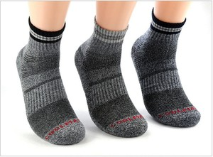 Image 4 - Fashion Hiking Unisex Thermal Winter Warm Mens Socks Men Cycling Cotton Coolmax Thermo Socks For Man 5Pairs/Lots Wholesale
