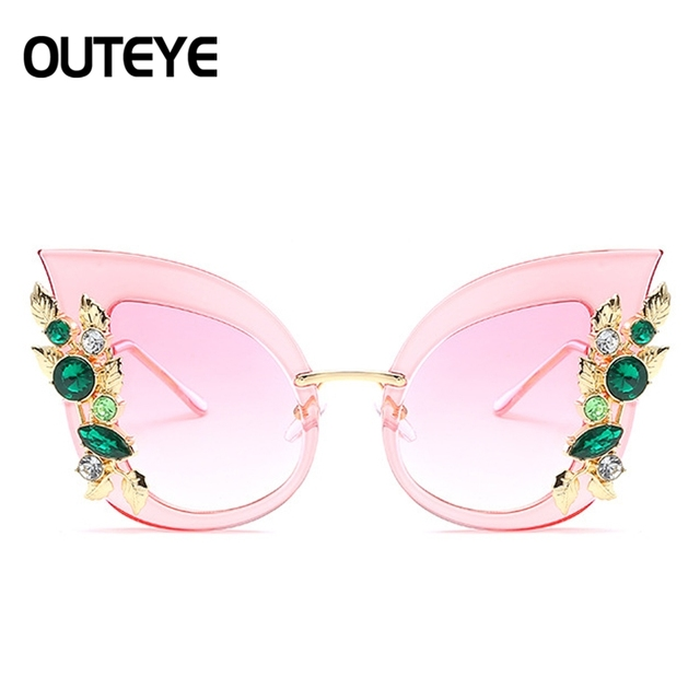 4599038ce606 Vintage Rhinestone Cat Eye Sunglasses For Women Brand Designer Oversized  Sun Glasses 2018 Retro Female Cateye Shades