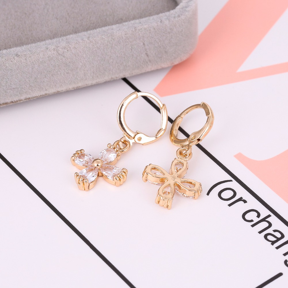 Wholesale 10pair 4 Petals Cluster Flower Stud Earrings Cubic Zirconia Stone Crystal Christmas Birthday Earrings Jewelry E-040