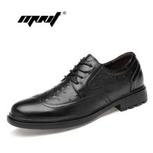 Купить с кэшбэком Top Quality Pointed Toe Oxford Shoes Genuine Leather Dress Shoes Classic Lace Up Hand-Painted Men Shoes Dropshipping