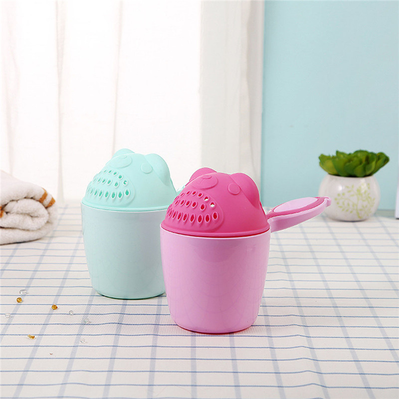 Baby Bath Tool Kids Bathing Bailer Baby Shower Spoons Cartoon Children Bath Caps Child Shampoo Cup Washing Hair Cup 1 PCS Child