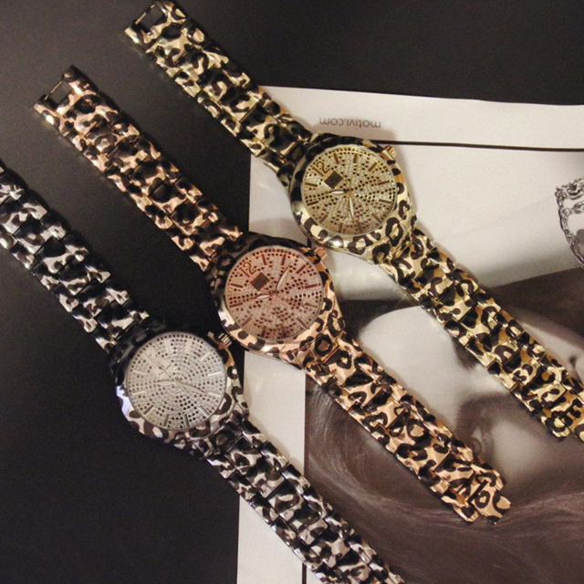 New Arrival BS Brand Diamond Leopard Women Watch Lady Cheetah Spots Dress Watch Rhinestone Luxury Crystal Bangle Watches Female