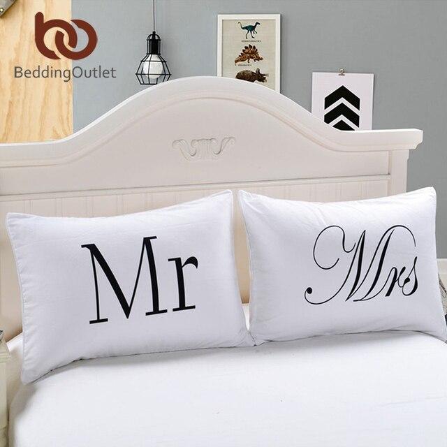 BeddingOutlet Mr e Mrs Cuscino Casi Coppia Federe Lui e Per Lei Personalizzata C