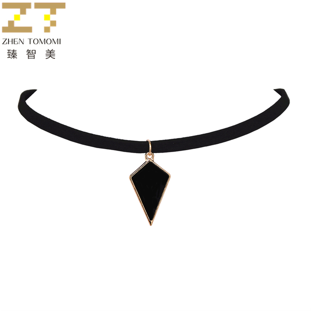 2018 New Arrivals Fashion Bijoux Collares Collier geometric Lozenge Pendants Black Velvet Leather Chokers Necklaces For Women