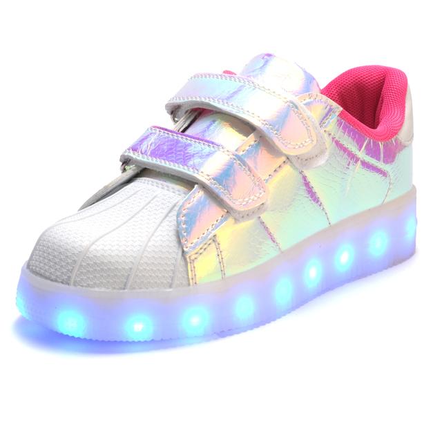 2017 hot nova primavera outono crianças sneakers moda luminous iluminado luzes led coloridas crianças shoes planas casuais menino menina shoes