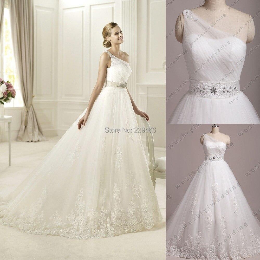 2 lace flowy wedding dress flowy wedding dress with lace top