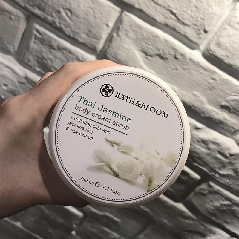 BATH & BLOOM Thai Jasmine Body Scrub 250g P/O pearl 250g