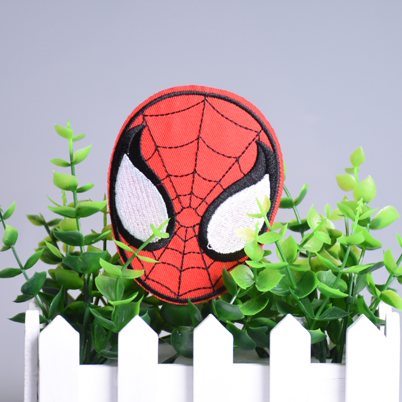 1pc Spiderman Head Shape Patches Iron On Patch Embroidery Applique Badges Children DIY Clothing Accessories Christmas Gift