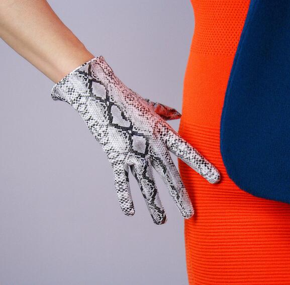 Women's Silver Snake Skin Print Faux Pu Leather Short Gloves Female Sexy Party Dress Fashion Driving Glove R1068