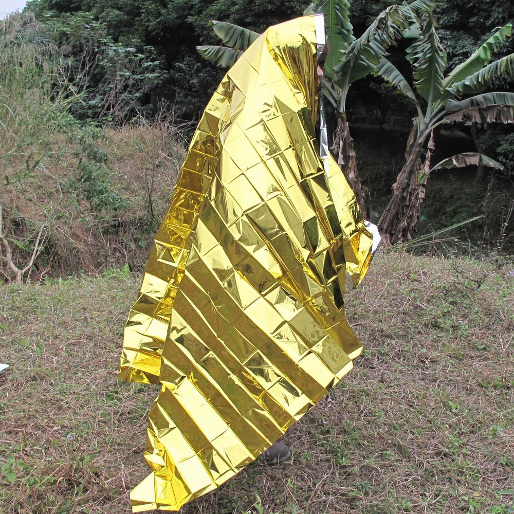Eagle outdoor essential - ultra portable emergency blanket / life / insulation (gold silver double)