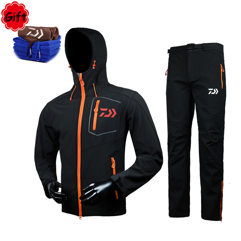 Men Warm Fishing Clothing Breathable Spring Winter Sunproof Outdoor Sports Fleece Clothes Fishing Shirt Pants Free Gift Towel