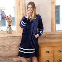 2018 Women New Coral Velvet Sleepwear Spliced Striped Flannel Velvet Sleep Dress Female Home Nightgowns Winter Warm Long Sleeve