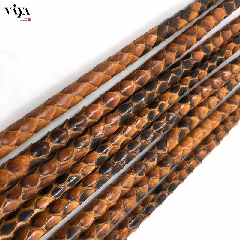 brown-Python-Skin-Leather-Cord-Available-Diameter-4-mm-5-mm-6-mm-(7)
