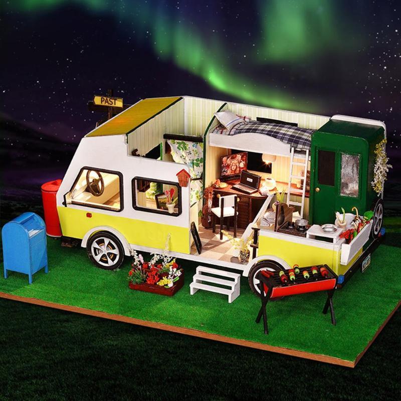 Enfants Créatifs Voiture Style Maison De Poupée maison de poupée miniature à monter soi-même avec des Meubles En Bois Maison Jouets pour Enfants Cadeaux