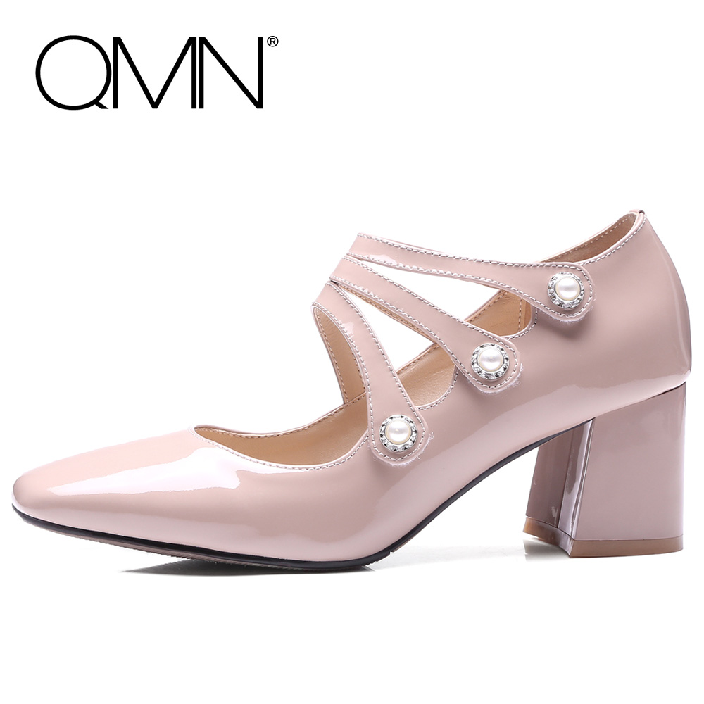 QMN women genuine leather pumps Women Faux Pearl Embellished Patent Leather Mary Janes Shoes Woman Retro Square Toe Pumps 34-39 qmn women crystal embellished natural suede brogue shoes women square toe platform oxfords shoes woman genuine leather flats