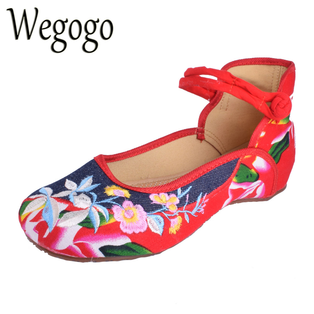 Wegogo Vintage Women Flats Shoes Denim Shoes Women Mary Jane Flats Breathable Comfortable Round Toe Student Flat Woman Plus Size peacock embroidery women shoes old peking mary jane flat heel denim flats soft sole women dance casual shoes height increase