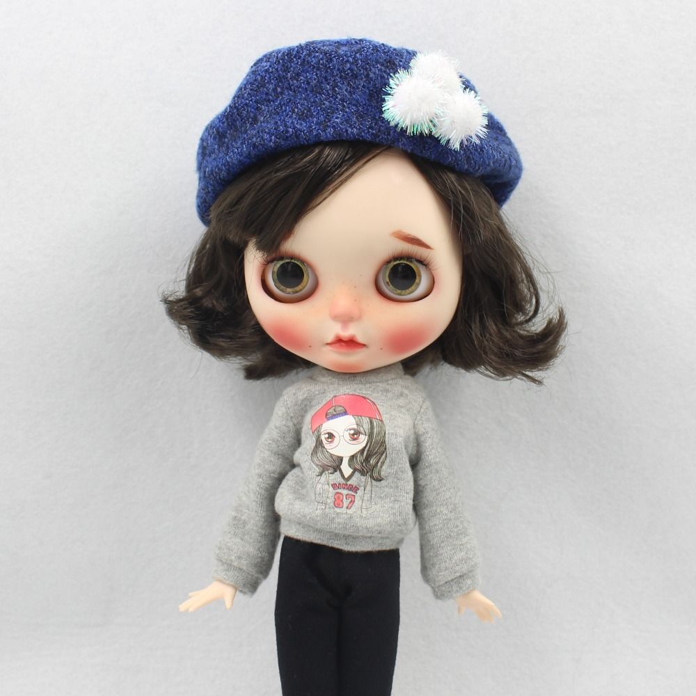 Neo Blythe Doll Winter Outfit with Hat 2