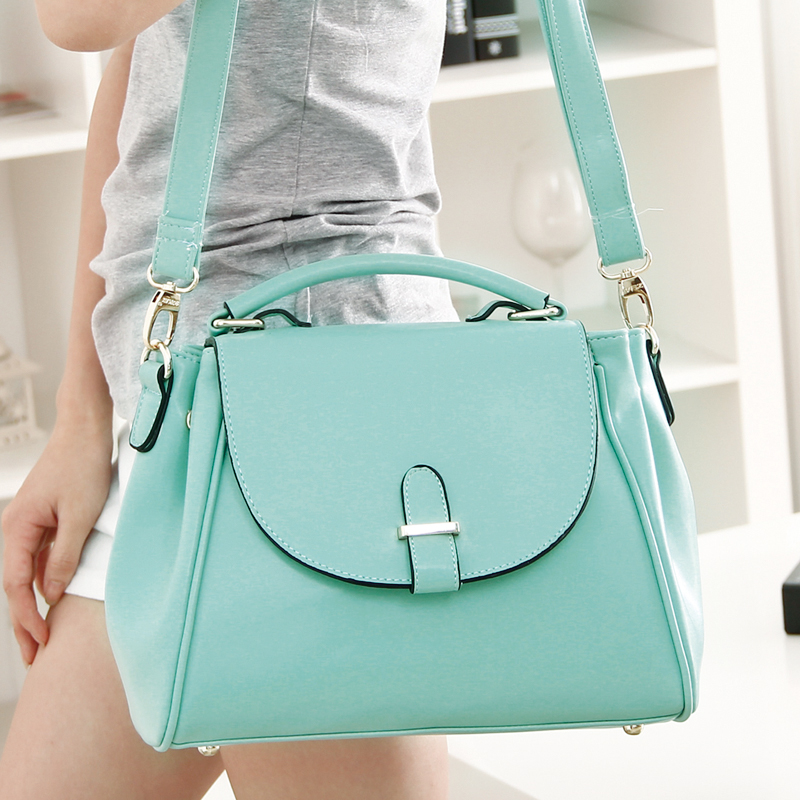 2014 new korean version of women 39 s fashion tide mint green messenger bag leisure laptop. Black Bedroom Furniture Sets. Home Design Ideas