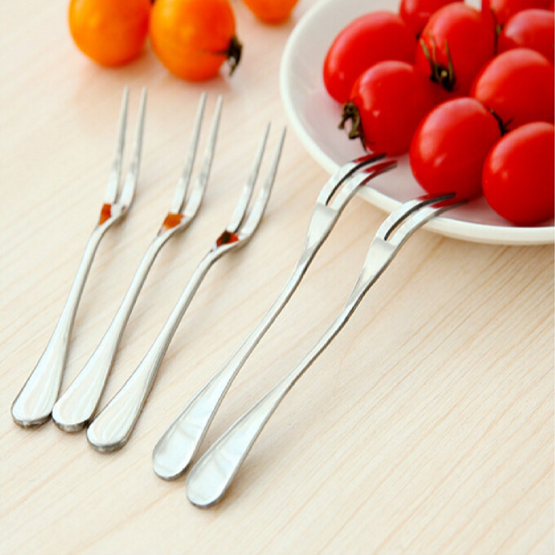 New High Quality Fashion Stainless Steel Fruit Fork Two Tooth Dessert Fork Eating Very C ...