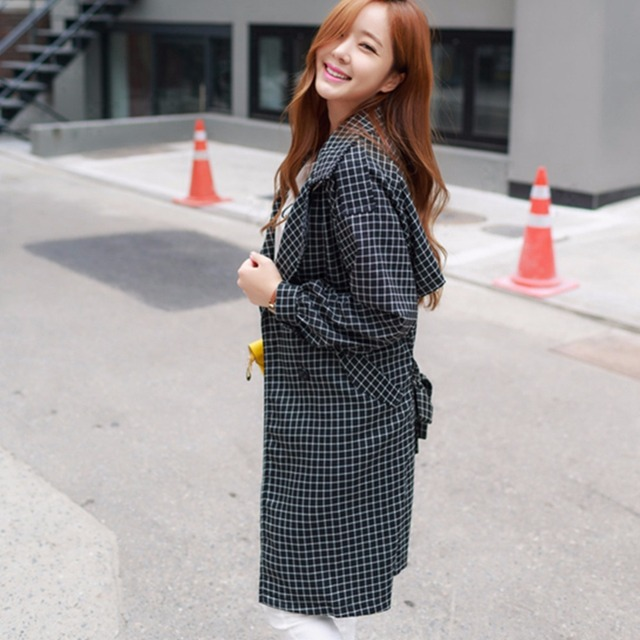 Fashion Outerwears Women New Design Ladies Trench Coat Casual Splicing Black White Plaid Long Sleeve Belt Coat