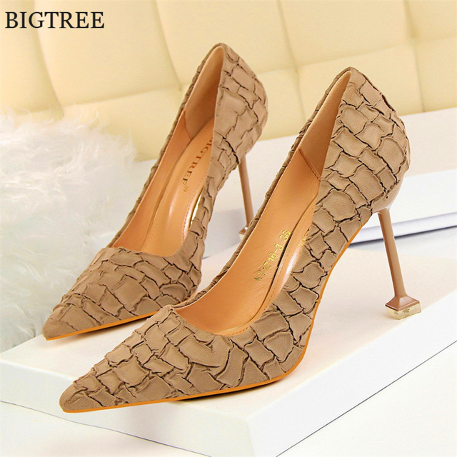 New Arrival Fashion Stone Pattern Shallow Women Pumps Red Wedding Shoes  Pointed Toe Shallow High Heels Shoes Ladies Party Shoes 7ed1d96dfbec